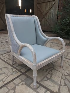 The White Smoke Color..  WINGS LOUNGE CHAIR.  #furniture #homeinterior #freeplans #loungechair #livingroom #DIY