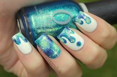 Blue/Green galaxy drip nails by Coewless