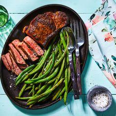 Lemon-Garlic Steak & Green Beans Entree Recipes, Meat Recipes, Whole Food Recipes, Dinner Recipes, Cooking Recipes, Healthy Recipes, Lamb Recipes, Steak And Green Beans, Cooking Green Beans