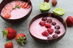 Rezept: Overnight Oats Erdbeere-Limette mit Kokosjoghurt