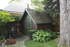 garden shed tucked away in a corner!