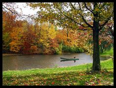 Peaceful Fall Scenery by papajoehermit Great Places, Places To See, Beautiful Places, Louisville Kentucky, Kentucky Derby, Bayfield Wisconsin, Cherokee Park, Autumn Scenery, My Old Kentucky Home