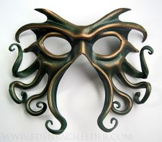 Cthulhu leather mask, hand-painted in green and antique gold, Halloween