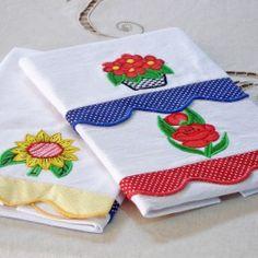 Pano de prato em patchwork bordado 3 peças