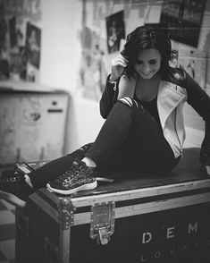 Been rocking my @Skechers for all my soundchecks. SO comfy #SkechersDemiStyle