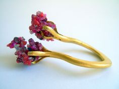 claw ring - 22ct gold with crushed amethyst, rubies, agate and garnet by Kelvin J. Birk