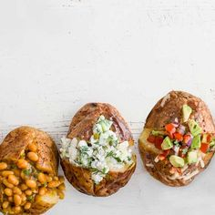 Master the art of the perfect baked jacket potato (we know how to get the skin extra crispy) with this expert step-by-step guide, then try out one of our delicious baked potato filling ideas Baked Potato Fillings, Easy Baked Potato, Perfect Baked Potato, Baked Potato Recipes, Savoury Recipes, Jacket Potato Recipe, Baked Jacket Potatoes, Baked Potatoes, Recipe Foe