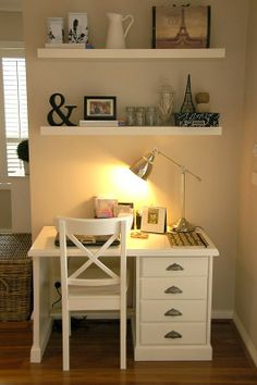 Home Office Space In Bedroom Simple. Small And Cozy Workspace At Balcony Home Design And Interior. 31 Simple But Smart Bedroom Storage Ideas Interior God. Home and Family Small Space Office, Home Office Space, Small Desks, Small Rooms, Bedroom Small, Trendy Bedroom, Office Spaces, Work Spaces, Master Bedroom