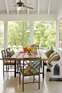 Porch Dining Area – Before and After: Farmhouse Remodel – Southern Living