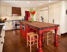 Spaces Red Kitchen Island Design, Pictures, Remodel, Decor and Ideas - page 2 I like the idea of the butcher block island painted red. Kitchen Island With Stove, Rustic Kitchen Island, Kitchen Island With Seating, Country Kitchen, Kitchen Islands, Island Table, Island Stove, Red Kitchen Tables, Kitchen Center Island