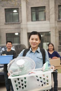 Laundry Tips for College Students - http://dreamcoinlaundry.com/laundry-tips-for-college-students/