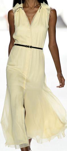 Carolina Herrera Spring 2013 Ready-to-Wear Fashion Show
