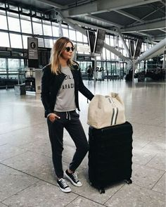Travel Outfits – Τι να απορριψεις και τι να επιλεξεις οταν ταξιδευεις με αεροπλανο – FaShionFReaks