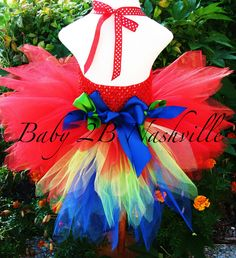 Parrot Tutu Costume! I think next Halloween!