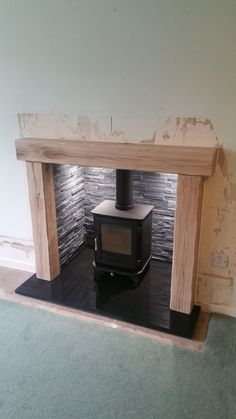 Hottest No Cost Fireplace Remodel modern Thoughts Natural Stone Fireplaces. A high, impressive fireplace is the focal point of Wood Stove Chimney, Wood Burner Fireplace, Fireplace Hearth, Fireplace Inserts, Fireplace Design, Fireplace Ideas, Wood Stove Hearth, Slate Hearth, Fireplace Lighting