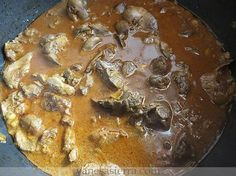 Hace tiempo que publiqué la receta de hígado de pollo en salsa , pero me faltaba esta de hígado y mollejas en salsa, esta receta es la que s...