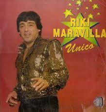 """Entre década del '80 y '90, Ricky Maravilla, sólo escuchaba cumbia y se convirtió en uno de los precursores de lo que se denomina la """"Movida Tropical"""", generando interés en este """"nuevo ritmo"""", llevando el mismo hasta Buenos Aires.   Gran creador de frases como """"Que gusto tiene la sal?"""" o """"Yo me equivoque y pague, pero la pelota no se mancha"""""""