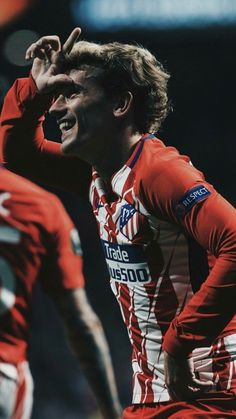 """Take the """"L"""" Real Madrid Antoine Griezmann, Football Is Life, Football Art, Messi And Ronaldo, Cristiano Ronaldo, Fifa, Football Wallpaper, Football Pictures, Uefa Champions League"""