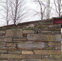 Mixed field stone ashlar