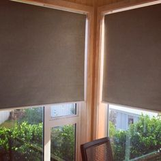 Windows Discover Motorised roller blinds Blackout motorised blinds by Modern Windows And Doors, Blinds For Windows Living Rooms, Curtains With Blinds, Window Blinds, Blinds For Bedroom, Blinds For Large Windows, Master Bedroom, Sliding Door Shades, Sliding Door Window Treatments