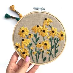 Excited to share this item from my shop: PDF DIGITAL Pattern Wild Daisies DIY - Thread Unraveled - Beginner Embroidery Pattern Floral Embroidery Patterns, Hand Embroidery Stitches, Learn Embroidery, Modern Embroidery, Embroidery Hoop Art, Embroidery For Beginners, Hand Embroidery Designs, Vintage Embroidery, Cross Stitch Embroidery