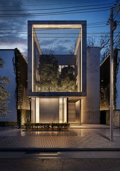 Modern Architecture, spacious villa elegantly furnished to incorporate style and comfort in the space. The key feature of this villa is to incorporate an urban garden that is a part of the exterior and melds seamlessly with the internal garden. Architecture Résidentielle, Contemporary Architecture, Minimalist Architecture, Amazing Architecture, Architecture Interior Design, Architecture Definition, Contemporary Building, Contemporary Landscape, Facade Design