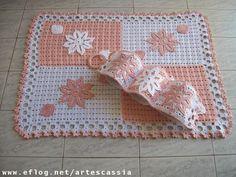 Tapete Rosa/Branco