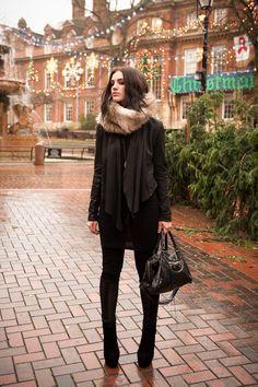fur cowl, black leather bag, black skinnies, black jacket, minimalist style, monochrome
