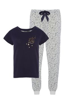 Cheap Harry Potter collection at primark! Harry Potter Merchandise, Harry Potter Jewelry, Harry Potter Style, Harry Potter Room, Harry Potter Outfits, Nerd Outfits, Lazy Day Outfits, Pajama Outfits, Fandom Outfits