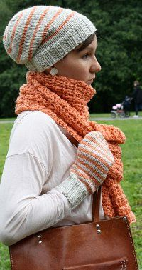 Hat, scarf, and mitten pattern free. Love the texture in the scarf