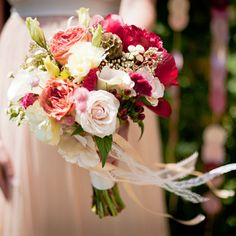 I love the colors in this bouquet.