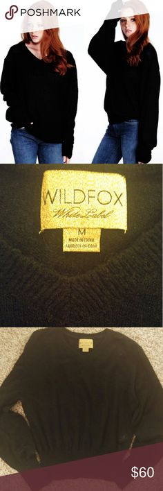 """Wildfox White label V Neck Basic Sweater M Black Authentic """"White Label"""" or """"Gold tag"""" Wildfox sweater. Freaking awesome luxury sweater. Size M. Dry Cleaned only. Great used condition. This is a great purchase. I have worn it twice to work. Xxoo. Wildfox Couture Sweaters V-Necks"""