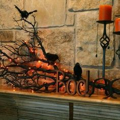 DIY Halloween Decorations From The Dollar Store Did you know that you can make spooky halloween decorations with just a few things from Dollar Tree? Well, you can! And it doesn't even require much time Spooky Halloween, Table Halloween, Image Halloween, Halloween Fireplace, Fete Halloween, Diy Halloween Decorations, Holidays Halloween, Halloween Crafts, Happy Halloween
