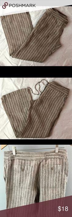 Women's Tommy Bahama linen pants Women's size 6 Tommy Bahama pants 100% linen in excellent condition lightly used Tommy Bahama Pants