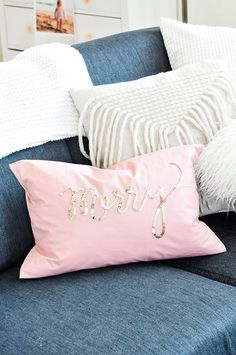 sequin-pillow-12.jpg 720×1.084 pixels