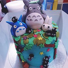 AMAZING Totoro cake 2