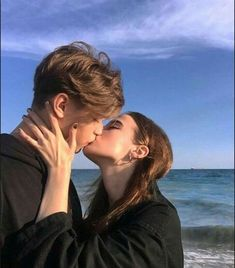 Discover a new world to meet elite singles who seeking for serious relationship only, get connected with elite gentlemen/ladies from the world, click my bio to Join! Relationship Goals Pictures, Cute Relationships, Serious Relationship, Boyfriend Goals, Future Boyfriend, Boyfriend Girlfriend, Cute Couple Pictures, Couple Photos, Couple Ideas