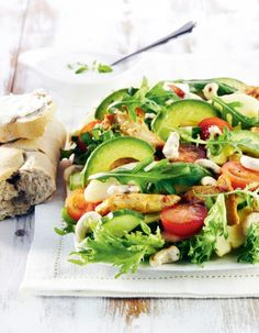 Chicken and avocado salad / Broileri-avokadosalaatti Wine Recipes, Salad Recipes, Healthy Recipes, Sydney Food, Salty Foods, Food Goals, Slow Food, Food Themes, Spring Recipes
