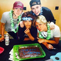 Olly, Omar, Felix, and Oscar ft chocolate cake