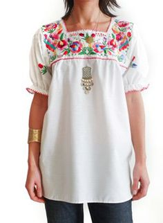 Vintage 70s embroidered folk tunic @ www.secondhandnew.nl