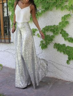 Són els pantalons i el top Classy Outfits, Chic Outfits, Fiesta Outfit, Elegant Outfit, Dress To Impress, Evening Dresses, Party Dress, Fashion Dresses, Dress Up