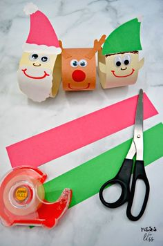 Christmas Paper Chain Craft - Mess for Less Frugal Christmas, Preschool Christmas, Christmas Crafts For Kids, Holiday Crafts, Christmas Paper Chains, Do It Yourself Inspiration, Navidad Diy, Toilet Paper Roll Crafts, Toddler Crafts
