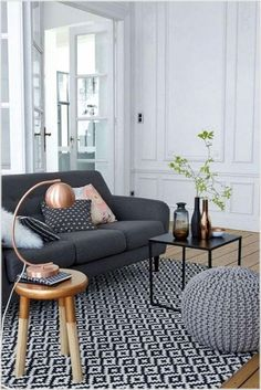 47 Modern and Minimalist Sofa for Your Living Room - Home Decor Design Minimalist Sofa, Modern Minimalist Living Room, Minimalist Furniture, Minimalist Home Decor, Minimalist Interior, Rooms Home Decor, Living Room Decor, Petites Tables, European Furniture
