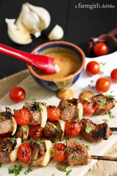 Grilled Sriracha Honey Mustard Beef Kebabs from @farmgirlsdabble
