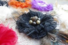 fleur de plumes Flower Tutorial ~~ feathers & ribbons