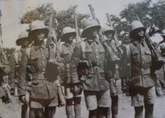 The South African Brigade at Delville Wood World War One, First World, Battle Of The Somme, Ww2 Uniforms, Political Beliefs, Black Watches, Folk Music, East Africa, Model Kits