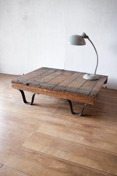 salon tafel van oud pallet