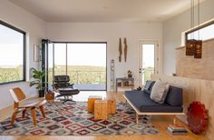 US firm Best Practice Architecture looked to vernacular architecture while designing a weekend retreat in a rural town that is becoming an arts hub.