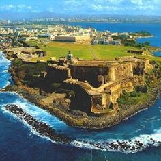 San Felipe del Morro Fort - Old San Juan, Puerto Rico Puerto Rico Trip, San Juan Puerto Rico, Dream Vacations, Vacation Spots, Vacation Destinations, Oh The Places You'll Go, Places To Travel, Places To Visit, Wonderful Places