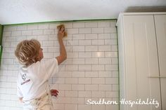 How to install subway tile backsplash.